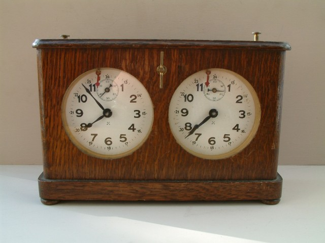 Chess clock C.1920.jpg